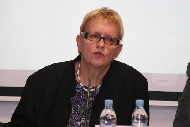 Melani Centrih, koordinatorka ASP – Mreže UNESCO združenih šol v Sloveniji in ravnateljica Gimnazije Ptuj