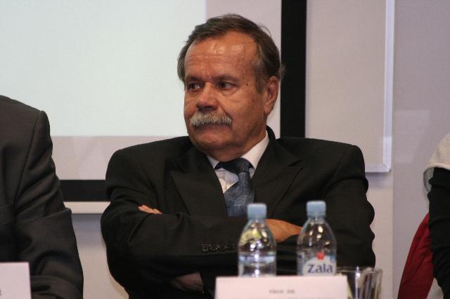 Prof. dr. Stanislav Pejovnik, predsednik Slovenske nacionalne komisije za UNESCO in rektor Univerze v Ljubljani